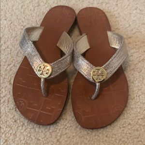 Tory Burch leather Thora flip flop in light gold